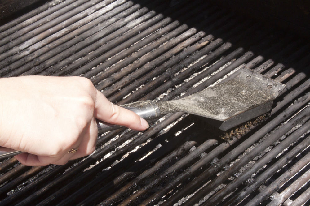 how to clean a grill brush a few tips and tricks - Grill Brush