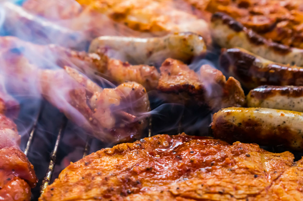 Weber Elektrogrill Vs Gasgrill : Gas grill vs. electric grill: which is better? smoky flavors